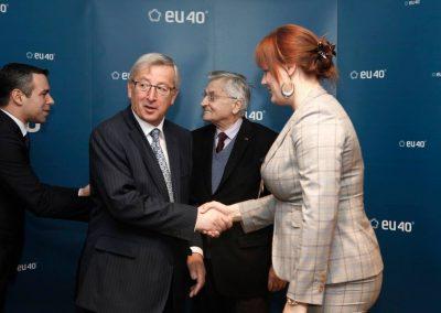 Diskusia EU40 v Európskom parlamente o ekonomike s niekdajším prezidentom Európskej centrálnej banky J-C. Trichetom a vtedy prvým prezidentom Euroskupiny J-C. Junckerom